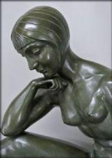 Statue signée Morante