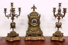 Importante orologio con candelabri in bronzo napoleone III marchiato e numerato.