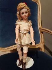 Important Doll Simon Halbig