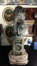 coppia di leoni in pietra di vicenza