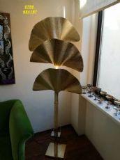 LAMPADA DA TERRA OTTONE