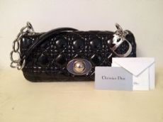 Auth Dior Baguette in vernice