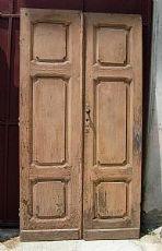 getäfelten Tür