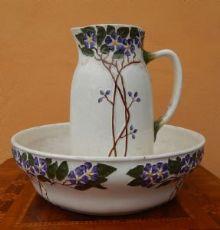 brocca e catino in ceramica dipinta manifattura Laveno