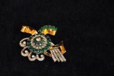 Corocraf brooch