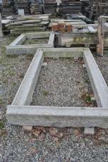 Contorni di finestre o portefinestre in granito