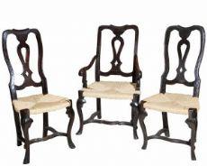Paire de chaises et une chaise en noyer Modène XVIII Sec