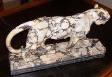 Pantera in marmo