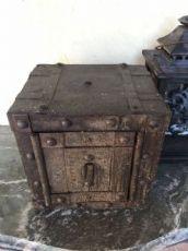 Cassaforte in ferro - utilizzabile come Scatola del Tempo