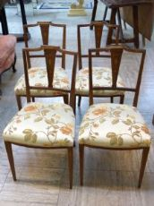 Gruppo di 4 sedie Regina Vittoria