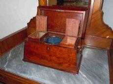 """Boîte à thé appelé """"tea caddy"""" en acajou de Cuba"""
