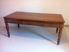 Grande tavolo scrittoio