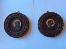 Coppia di miniature dipinti su lavagna