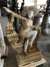 Scultura in marmo deco' 90x140h