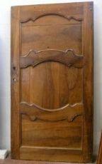 puerta ptci412 barroco en una mala hoja de nogal. h 242 cm x 141 cm de ancho.