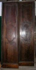 ptci375 - Emilian Tür in Nussbaum, mis. h cm x 278 cm146 Breite.