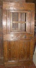 porta ptir356 lariço com janela, mis. h 185 centímetros x largura. 88 centímetros