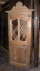 ptir388  porta in larice  con finestrella, bombata, mis. h cm 200 x 75 largh.