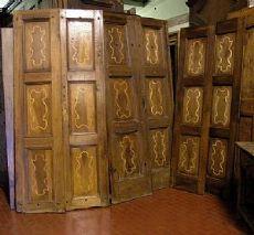 pts411 n.3 Türen in Nussbaum mit Intarsien