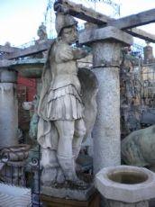 statua in pietra di Vicenza