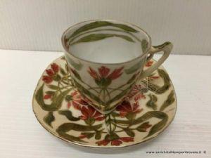 Antica tazza da caffè da collezione