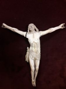 Christ in ivory Sec. XVI