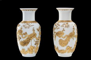 coppia vasi porcellana e bronzi