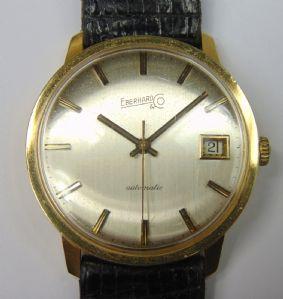 Orologio da polso in oro Eberhard automatico con datario. Anno 1975 . Con scatola e garanzia