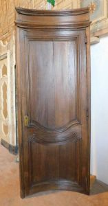 "pti570 barrel curved door, 700 walnut, L 92 x H 244 cm"""