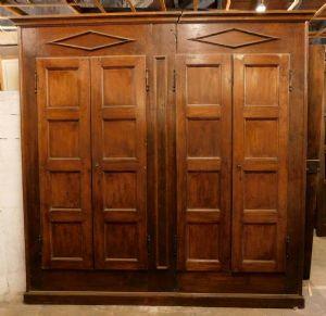 """armário de parede em álamo. h 235 centímetros, largura de 240 centímetros max"""""""