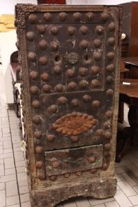 Old safe second half of '900 XX with iron and wooden studs inside.