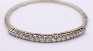 Bracciale in oro bianco 18 k con diamanti taglio brillante 1,7 KT totali.