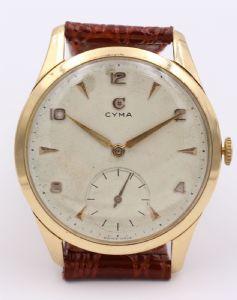 "Oversize Cyma wristwatch in 18k gold, 50s"""