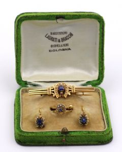 14k Gold Borbonite bustier made of brooch earrings and ring with original box""