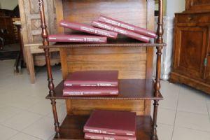 8 volumi II GUERRA MONDIALE , ENCICLOPEDIA. Mondadori anni dal 1949 al 1953 foto inedite