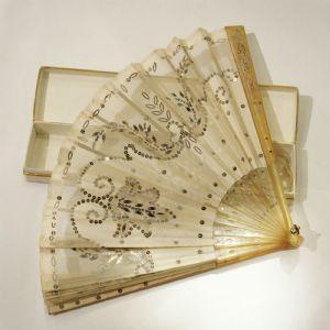 """ARCHDUCHESS MARIE VALERIE da Áustria (1868-1924), fã de mão pessoal (Ventaglio)"""""""