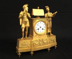 "Horloge en bronze doré Directoire Période"""