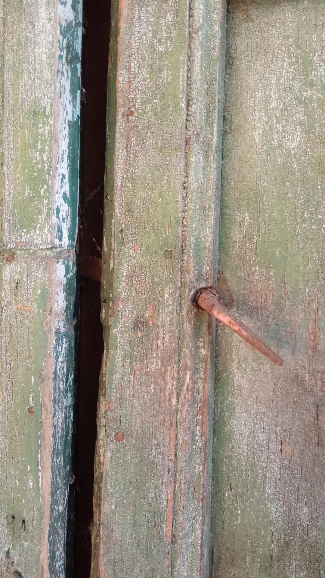 thumb2|porta  2 ante