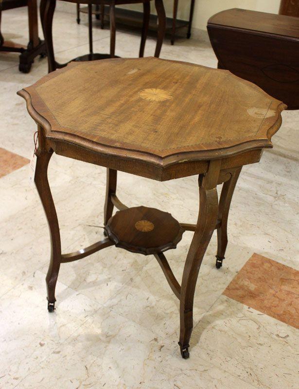 tavolo da salotto con intarsi mobili antichi inglesi