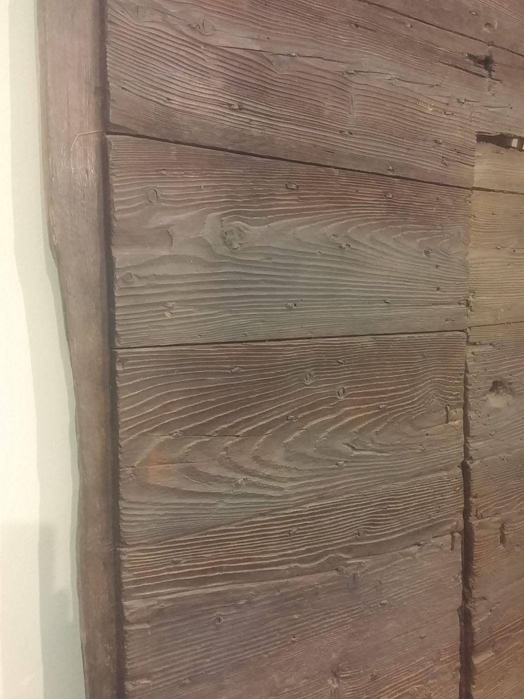 thumb2|portone rustico