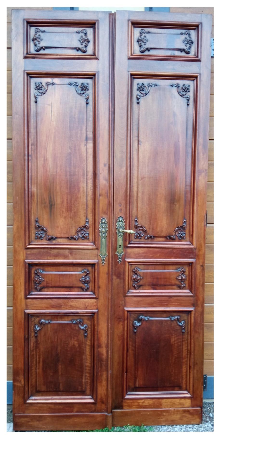 thumb2|Tür 2 Türen