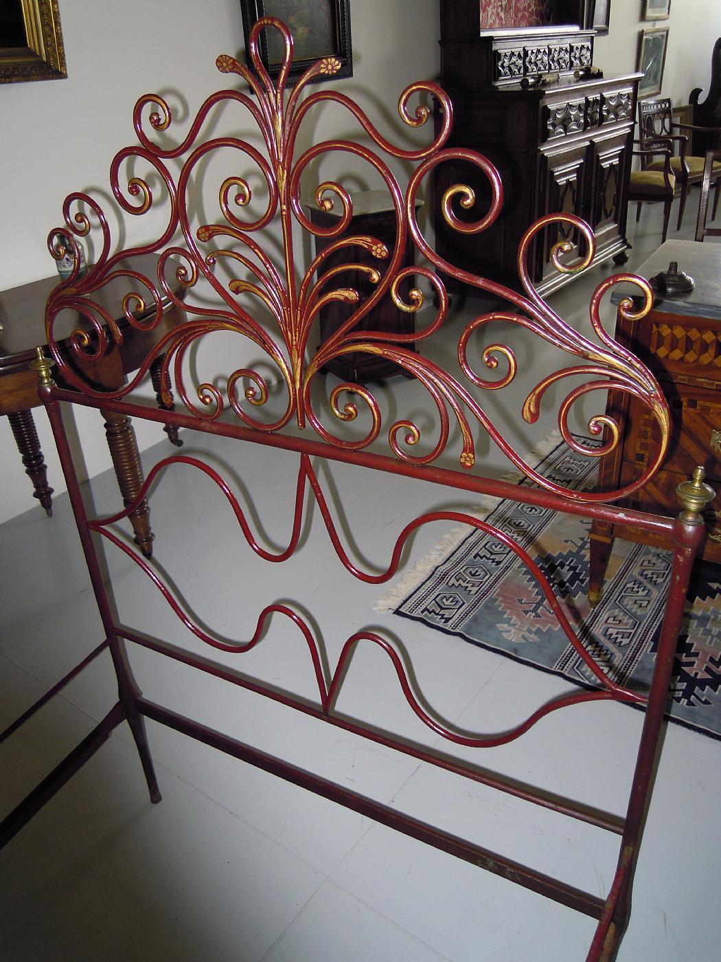 letto in ferro battuto genovese Antiquariato su Anticoantico