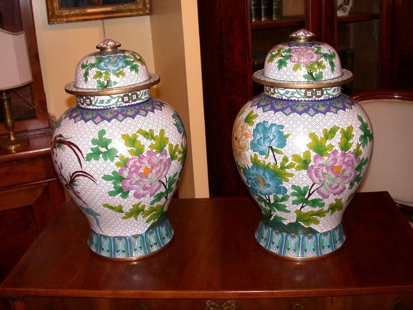 Coppia di vasi cinesi con coperchio antiquariato su for Vasi cinesi antichi antiquariato