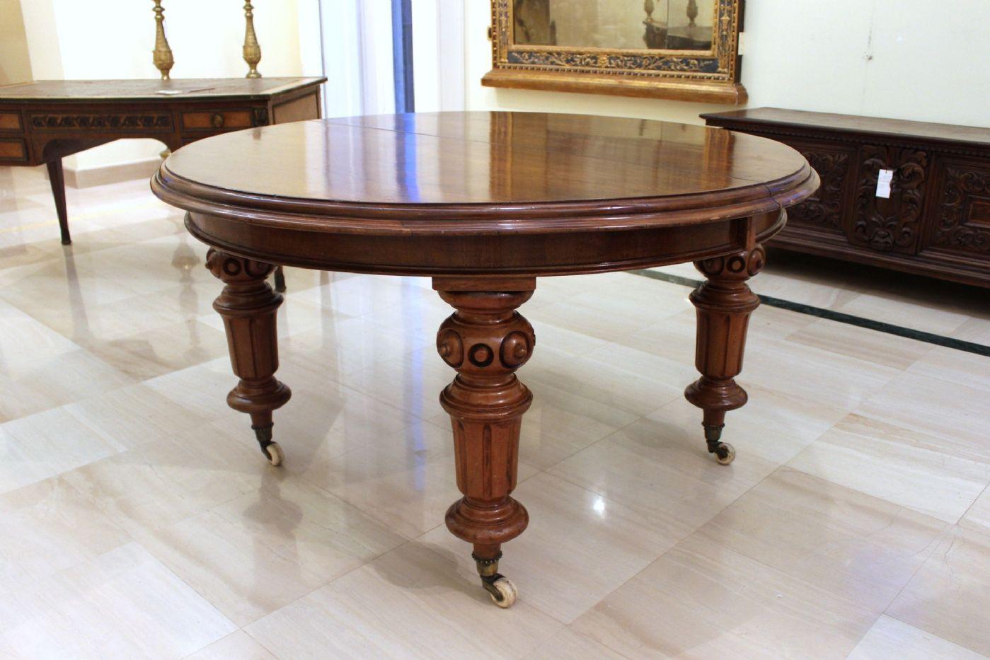 tavolo tondo apribile in legno di mogano epoca vittoriana
