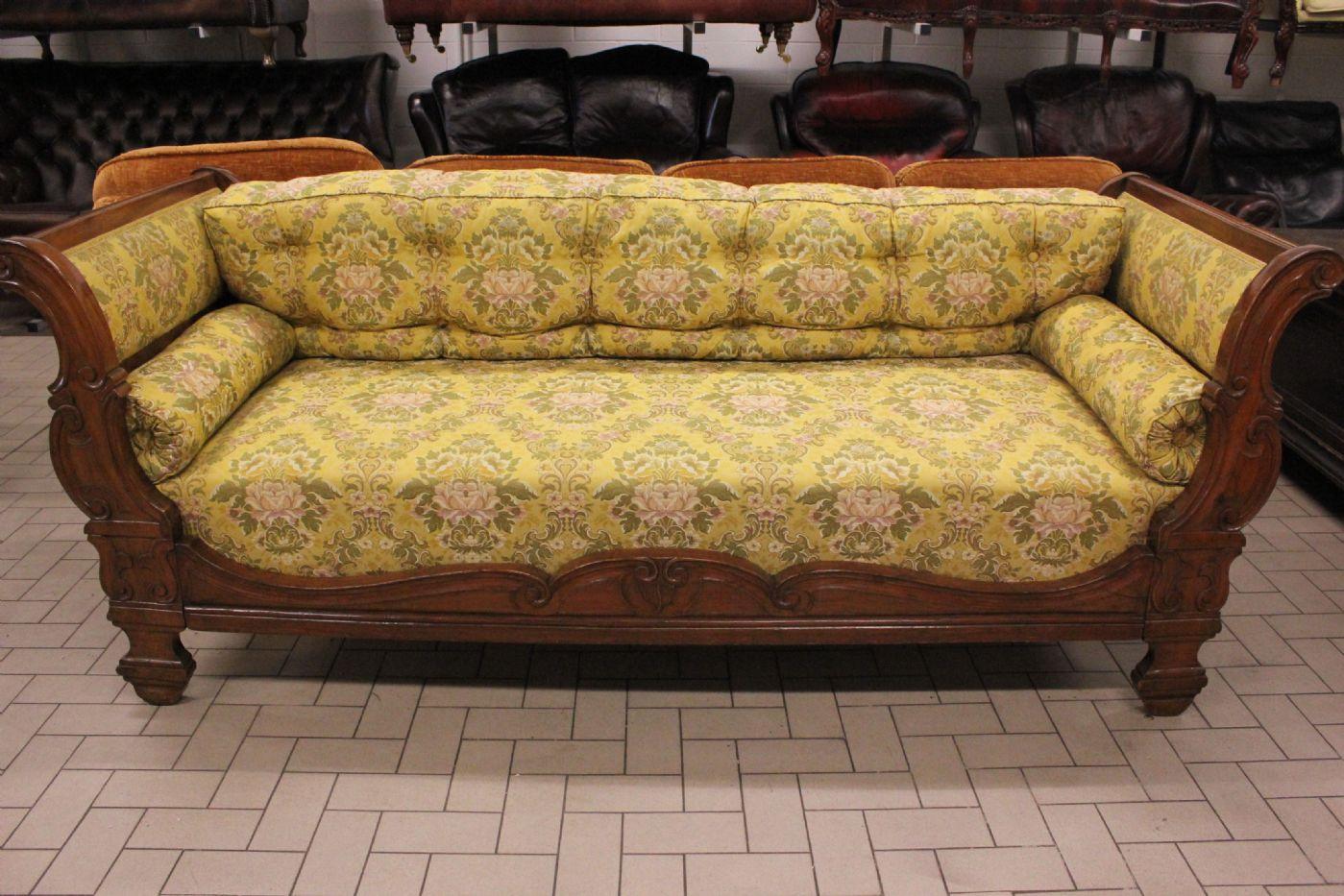 Splendido divano letto a barca dell 39 39 800 xix sec in for Lunghezza divano letto