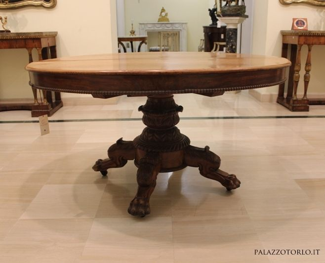 Tavolo da pranzo allungabile in mogano con piede centraleAntiquariato su Ant...
