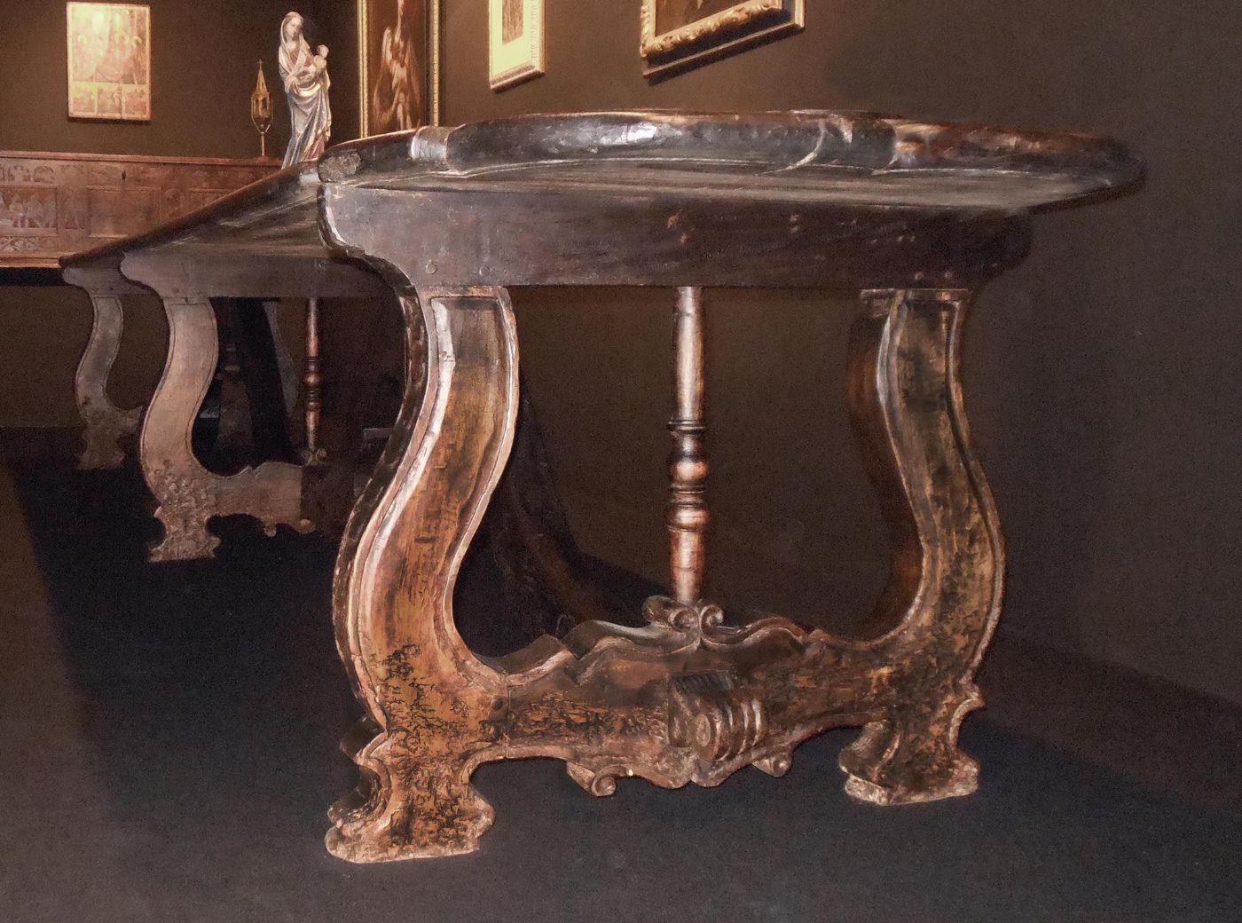 Capolavoro unico al mondo monumentale e straordinario - Tavolo 14 posti ...