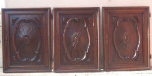 """três portas esculpidas"""""""