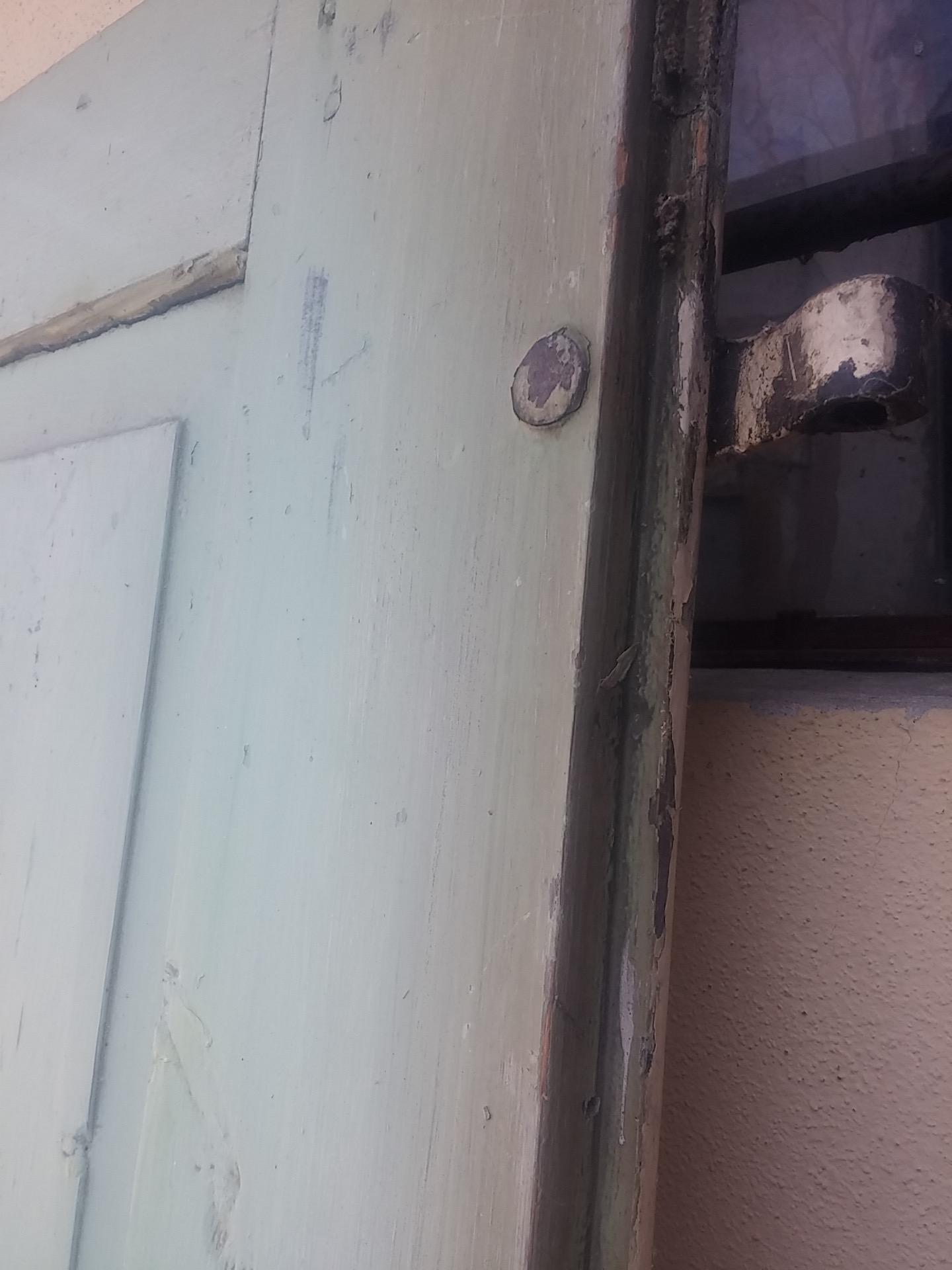 thumb2|porta 1 anta