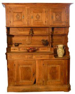 """aparador antiguo en madera de nogal"""""""